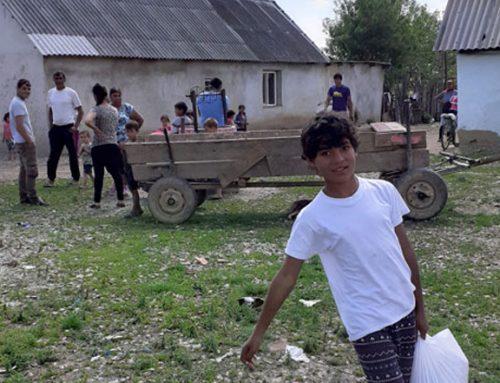 Lebensmittelverteilung in Adorjáni
