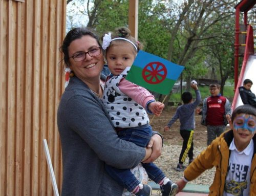 Geschminkte Gesichter und leckeres Essen: Roma-Tag im BuKi-Haus